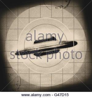 Retro UFO flying saucer mid century atomic retro space age - Stock Photo