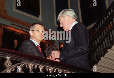 Parkinson & Archer/reception - Stock Photo