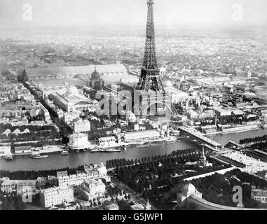 Paris Exposition 1889. Aerial view of Paris, France, from a balloon, showing the River Seine, the Eiffel Tower and - Stock Photo