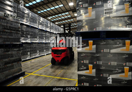 Molson Coors distribution centre - Stock Photo