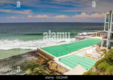 Swimming pool in Bondi Beach Sydney Australia - Stockfoto