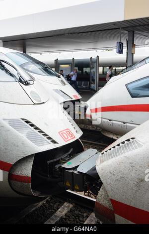 5 ICE trains of Deutsche Bahn ( DB AG ) in Mannheim Train Station, Mannheim, Germany, Baden-Württemberg, Kurpfalz - Stock Photo