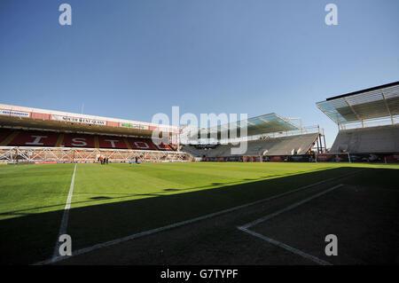 Soccer - Sky Bet League One - Bristol City v Coventry City - Ashton Gate - Stock Photo
