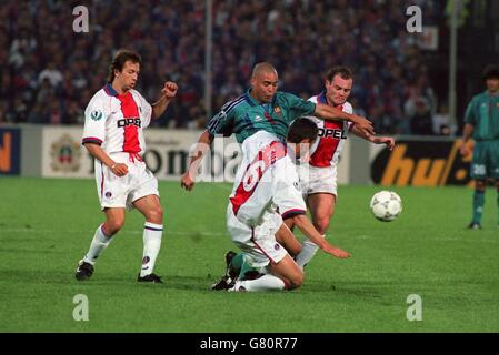 Soccer .... UEFA Cup Winners Cup Final ... Barcelona v Paris St Germain - Stock Photo