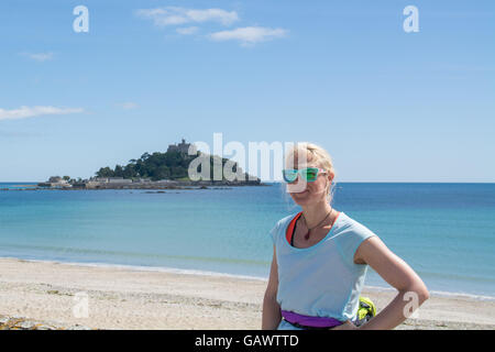 Marazion, Cornwall, UK. 5th July 2016. Former police firearms officer, Yvie Johnson,   who suffers from bipolar - Stock Photo