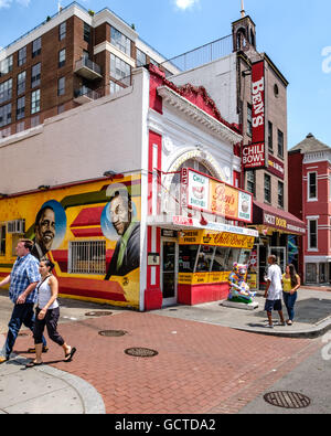 Ben 39 s chili bowl landmark diner restaurant in u street for African american mural