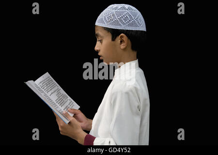 """north reading muslim Why so many latinos are becoming muslims the american muslim association of north america """"at the beginning when i was reading the koran i said."""