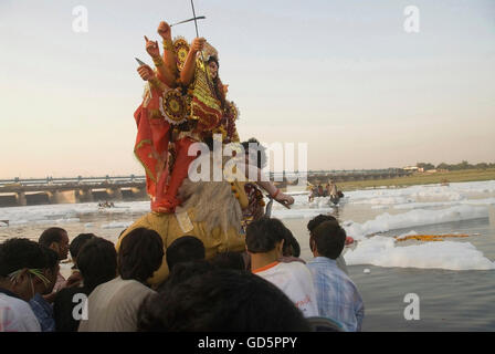 a history of the worship of durga in india Flowers used for devi worship in india and which flowers are used in their worship devi durga: the flowers used in the worship of the mother goddess.