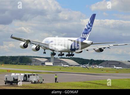 Farnborough, Hampshire, UK. 14th July, 2016. 4 th Day of the Farnborough International Trade Airshow.  The Airbus - Stock Photo