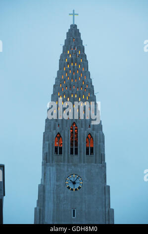 Reykjavik: view of Hallgrimskirkja, the Luteran church of Hallgrimur is the symbol of Reykjavik - Stock Photo