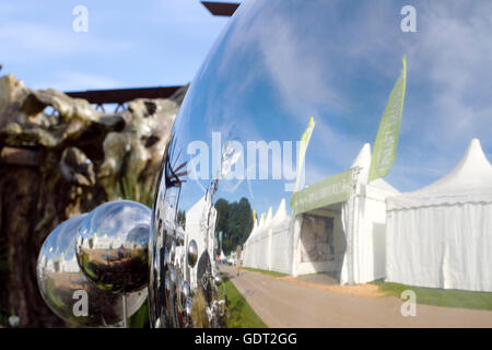 Tatton Park, Knutsford, UK. 21st July, 2016. The RHS Tatton Park Flower Show, the north's greatest garden event - Stock Photo