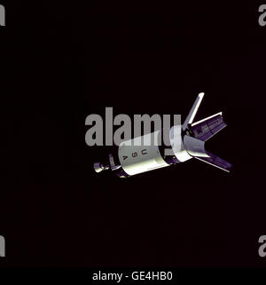 (October 11, 1968) Attached to the Saturn IV-B stage, the Lunar Module Adapter's four panels are retracted to the - Stock Photo