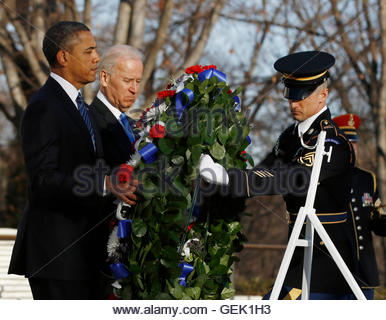U.S. President Barack Obama and Vice President Joe Biden lay a wreath at the Tomb of the Unknown Soldier at Arlington - Stock Photo