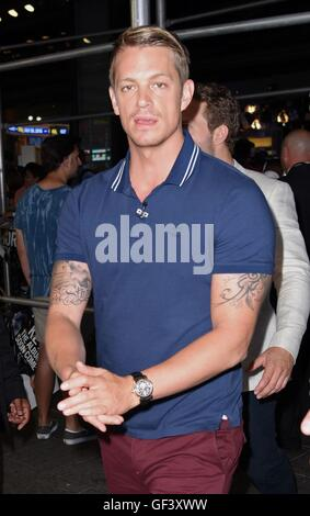 New York, NY, USA. 28th July, 2016. Joel Kinnaman out and about for Celebrity Candids - THU, New York, NY July 28, - Stock Photo