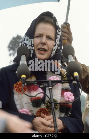 Mrs Thatcher Conservative party election campaign 1983 Midlands Warwickshire UK HOMER SYKES - Stock Photo