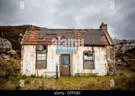 A derelict shack in the Northern Highlands of Scotland - Stock Photo