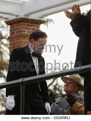 James Getty (L), portraying U.S. President Abraham Lincoln, is applauded after delivering the Gettysburg Address - Stock Photo