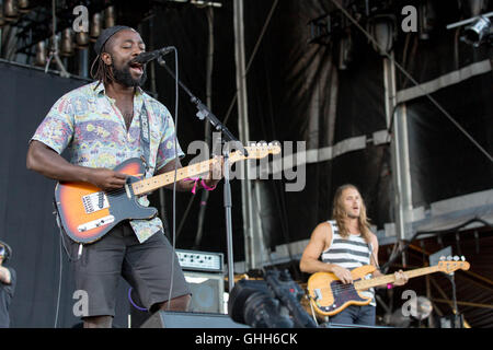 September 23, 2016 - Las Vegas, Nevada, U.S - KELE OKEREKE and JUSTIN HARRIS of Bloc Party performs live at Life - Stock Photo