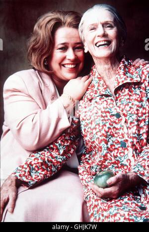 Die alte Ninny (JESSICA TANDY) zieht Evelyn (KATHY BATES) mit der Geschichte von Idgie und Ruth in ihren Bann... - Stock Photo