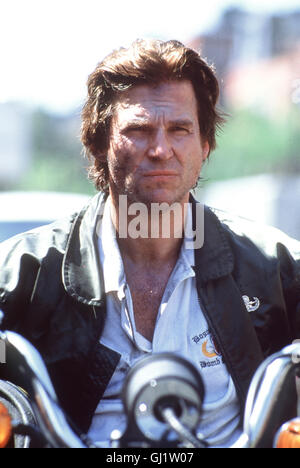 EXPLOSIV - BLOWN AWAY- James Dove (JEFF BRIDGES), Chef der Bostoner Spezialeinheit für Sprengsatz-Entschärfung, - Stock Photo