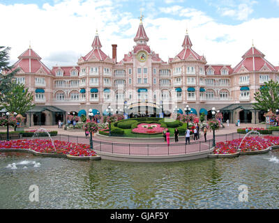entrance to the disneyland resort paris theme park decorated for stock photo royalty free image. Black Bedroom Furniture Sets. Home Design Ideas
