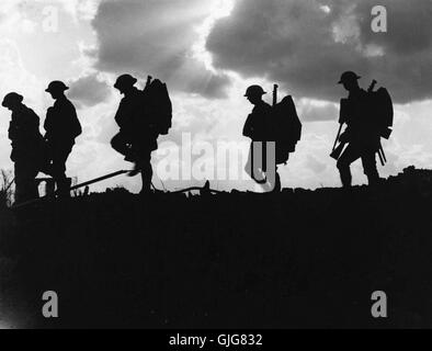 Soldiers of the 8th Battalion, East Yorkshire Regiment going up to the line near Frezenberg, Flanders, Belgium during - Stock Photo