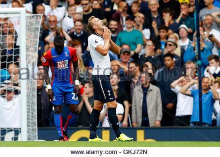 Britain Soccer Football - Tottenham Hotspur v Crystal Palace - Premier League - White Hart Lane - 20/8/16  Tottenham's - Stock Photo