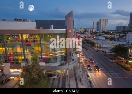 Regal Movie Theater Lincoln Road Mall South Beach Miami