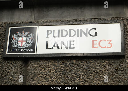London, UK. 4rd  September, 2016. Sign on Pudding Lane where the fire started in a bakery.  Credit:  claire doherty/Alamy - Stockfoto