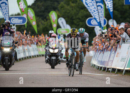 Cheshire, UK. 6th September, 2016. Graham Biggs takes second place in Stage 3 of the 2016 Tour of Britain in front - Stock Photo