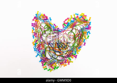 Miscellaneous office supplies in the shape of a heart - Stockfoto