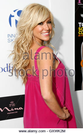 Actress Kristin Cavalleri arrives at the Young Hollywood Awards, which honors rising young artists in the entertainment - Stockfoto