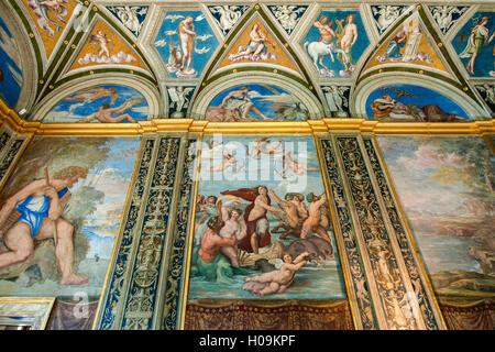 Loggia of Galatea with the fresco by Raffaello in Villa Farnesina in Rome - Stockfoto