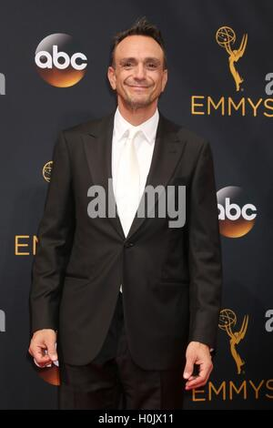Los Angeles, CA, USA. 18th Sep, 2016. Hank Azaria at arrivals for The 68th Annual Primetime Emmy Awards 2016 - Arrivals - Stock Photo