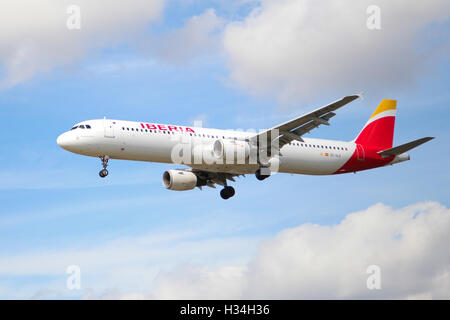 Iberia Airbus A321 approaching London Heathrow airport. - Stock Photo