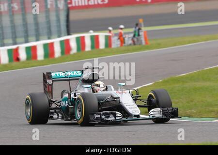 Suzuka, Japan. 8th Oct, 2016. Lewis Hamilton (GBR) F1 : Japanese Formula One Grand Prix Qualifying at Suzuka Circuit - Stockfoto