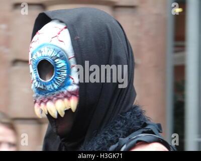 London, UK. 8th October, 2016. World Zombie Day 2016, London, UK Credit:  Nastia M/Alamy Live News - Stockfoto