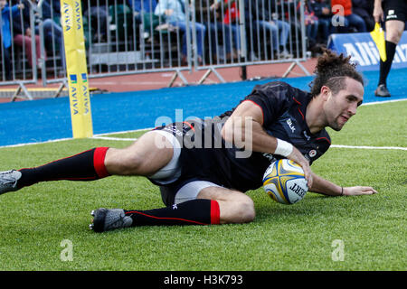 Barnet Copthall, London, UK. 09th Oct, 2016. Aviva Premiership Rugby. Saracens versus Wasps. Mike Ellery of Saracens - Stock Photo