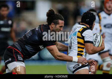Barnet Copthall, London, UK. 09th Oct, 2016. Aviva Premiership Rugby. Saracens versus Wasps. Rob Miller of Wasps - Stock Photo