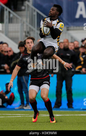 Barnet Copthall, London, UK. 09th Oct, 2016. Aviva Premiership Rugby. Saracens versus Wasps. Christian Wade of Wasps - Stockfoto