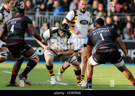 Barnet Copthall, London, UK. 09th Oct, 2016. Aviva Premiership Rugby. Saracens versus Wasps. James Gaskell of Wasps - Stock Photo