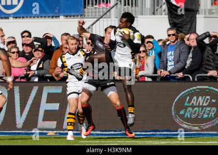 Barnet Copthall, London, UK. 09th Oct, 2016. Aviva Premiership Rugby. Saracens versus Wasps. Christian Wade of Wasps - Stock Photo