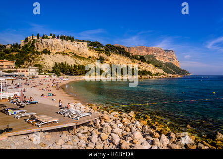 France, Provence, Bouches-du-Rhône, Riviera, Cassis, harbour, view from Cap Naio - Stock Photo