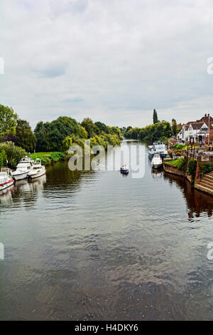 A view down the River Severn at Upton-upon-Severn - Stockfoto