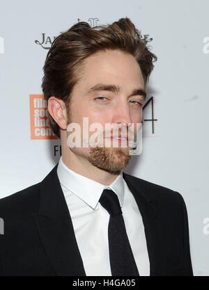 New York, NY, USA. 15th Oct, 2016. Robert Pattinson attends the 54th New York Film Festival closing night screening - Stock Photo