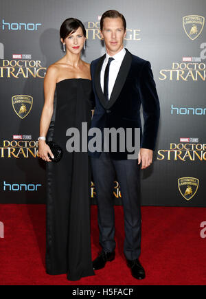 Hollywood, USA. 20th Oct, 2016. Benedict Cumberbatch and Sophie Hunter at the World premiere of 'Doctor Strange' - Stock Photo