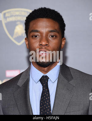 Hollywood, California, USA. 20th Oct, 2016. Chadwick Boseman arrives for the premiere of the film 'Doctor Strange' - Stock Photo