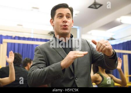 New York, NY, USA. 21st Oct, 2016. Richard H. Blake at the press conference for A BRONX TALE THE MUSICAL Meet and - Stock Photo