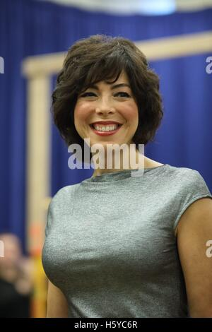 New York, NY, USA. 21st Oct, 2016. Lucia Giannetta at the press conference for A BRONX TALE THE MUSICAL Meet and - Stock Photo