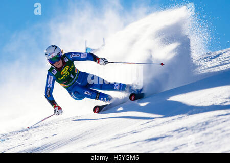 Solden, Austria. 22nd Oct, 2016. Nina Loeseth of Norway competes during the first run of the FIS World Cup Ladies - Stock Photo
